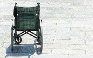 寂しい車椅子